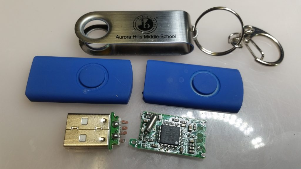 CUSTOM USB THUMB FLASH DRIVE DATA RECOVERY BY QUBEX DENVER 720-319-7239 BROKEN USB CONNECTOR THORN TRACES RESIZED
